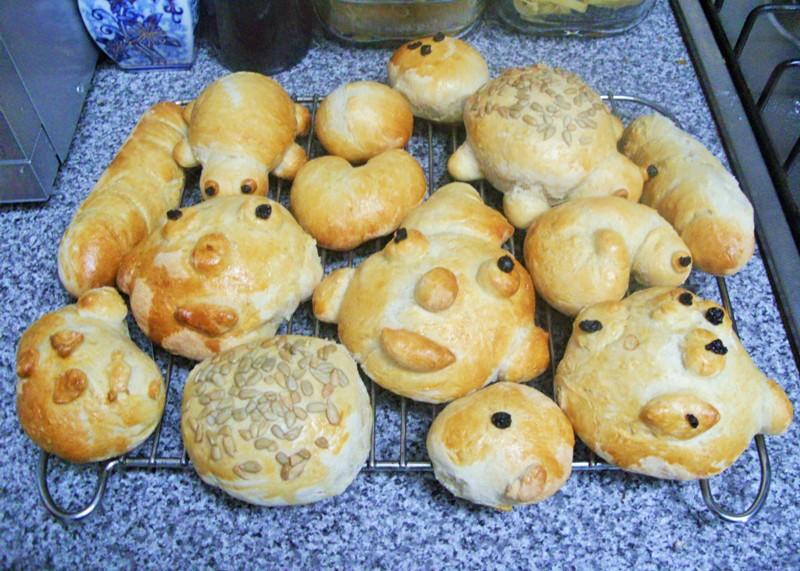 Bread Rolls at Jennifer Grace Creates