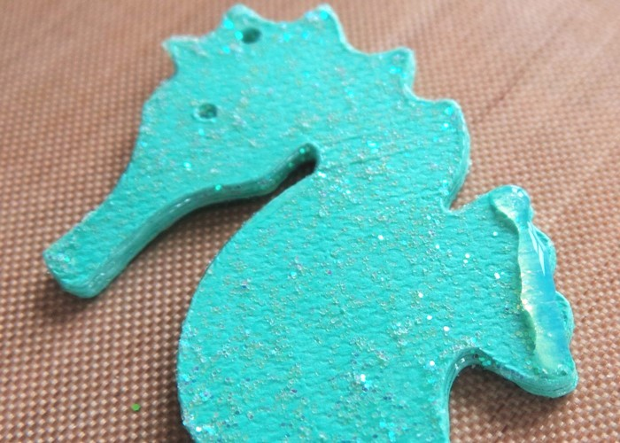 Sparkly Seahorse Earrings with the Cricut Explore at Jennifer Grace Creates
