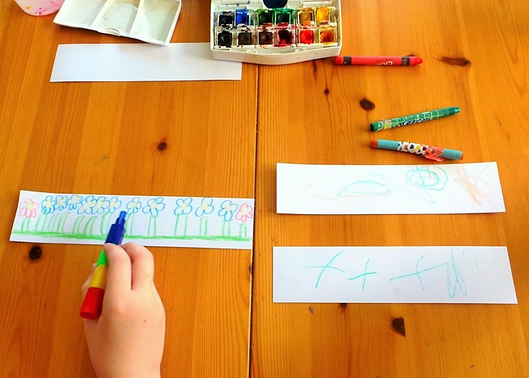 Kids Craft - Watercolours + Crayons at Jennifer Grace Creates
