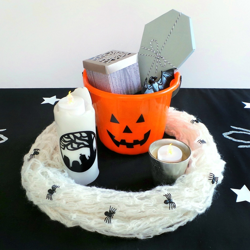 Spooky Dining Room using the Cricut Explore at Jennifer Grace Creates