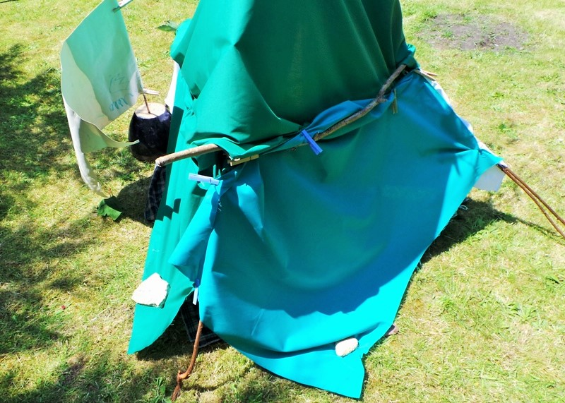 DIY Play Tent Summer Fun at Jennifer Grace Creates